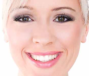 offers treatments for complex dental problems Los Angeles dentist Dr. Paul O'Malley DDS