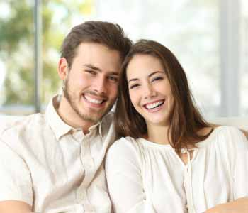 experienced cosmetic dentist near Los Angeles can transform your smile